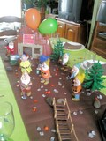 TABLE ANNIVERSAIRE THEME BLANCHE-NEIGE